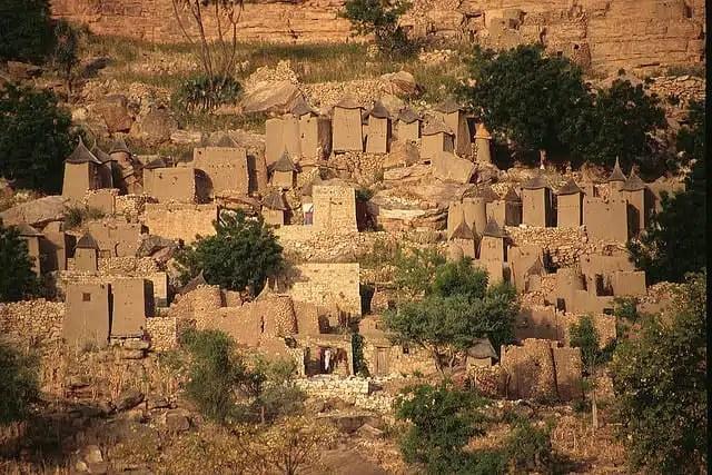 Un villaggio dogon in Mali (foto di John Spooner)