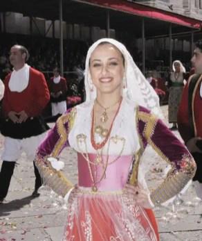 Processione di Sant'Efisio: i costumi