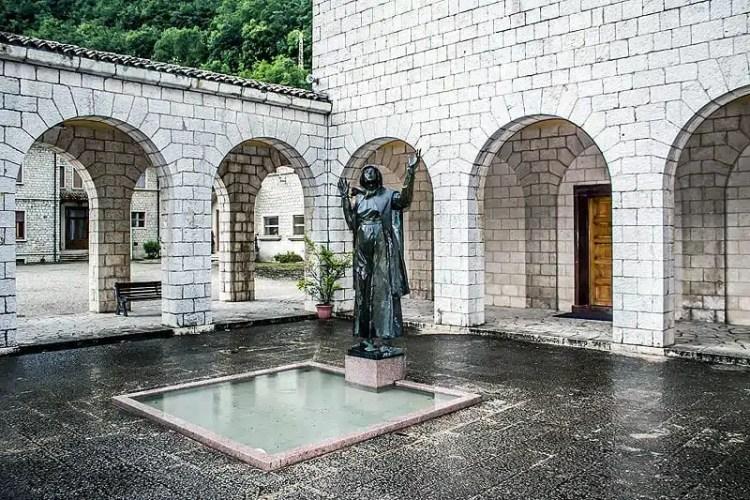 Statua di Santa Rita - Rocca Porena, Valnerina, Umbria