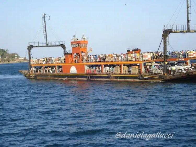 Traghetto Mombasa-Likoni, Kenya