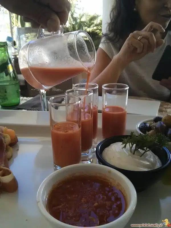 Aperitivo con gazpacho - Ibiza, Spagna