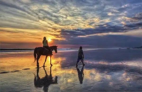 Kuta-Beach-Bali_Jimmy McIntyre