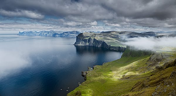Isole Far Oer (foto by Jonathan Andrew)