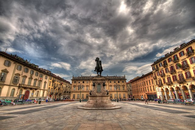 Piazza Bodoni - Torino, Italia