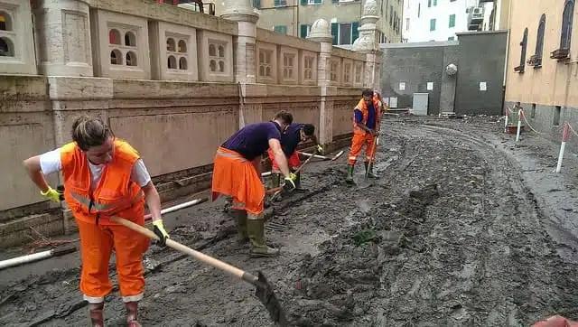 Alluvione a Genova - Volontari Anpas