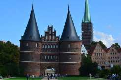 Holstentor - Lubecca, Germania