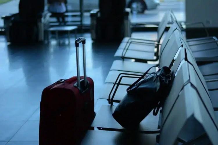 Viaggiatori in attesa