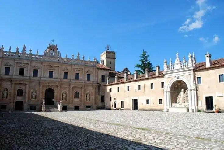 Certosa di San Lorenzo Padula Basilicata