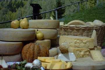Friuli: Festa-del-Formaggio-carnia