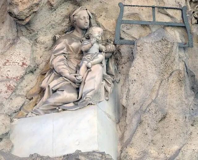 Madonna di Monserrato - I Palazzi Parlanti di Roma