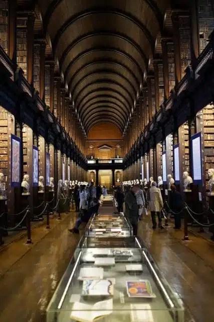 Librerira Trinity College, Dublino