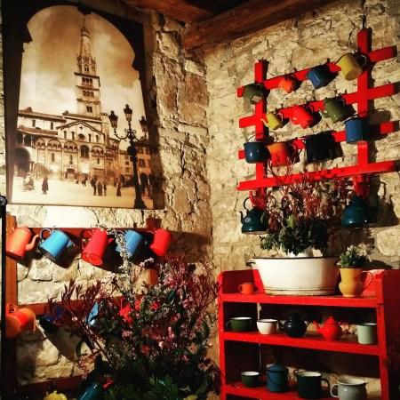 Il Friuli e Strassoldo in primavera, decorazioni interne