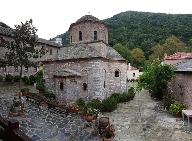 5-monastero-di-evangelistria-1