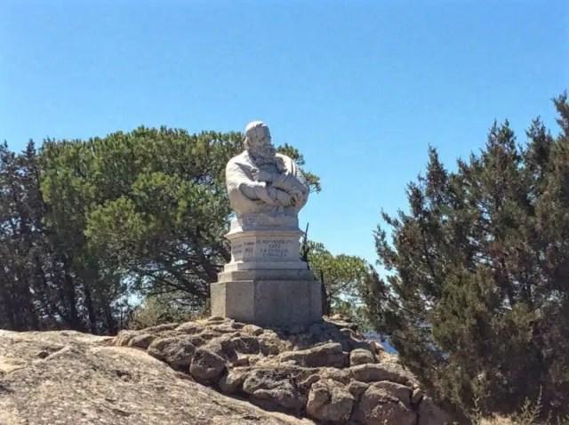 statua-di-garibaldi-presso-compendio-garibaldino_frency-motta