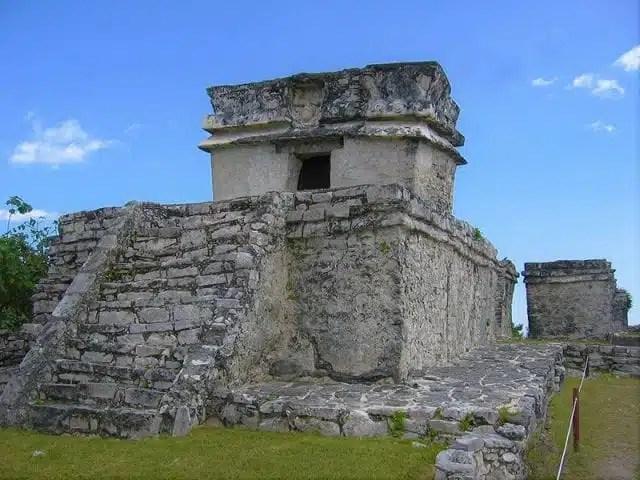 3-tempio-del-dio-discendente