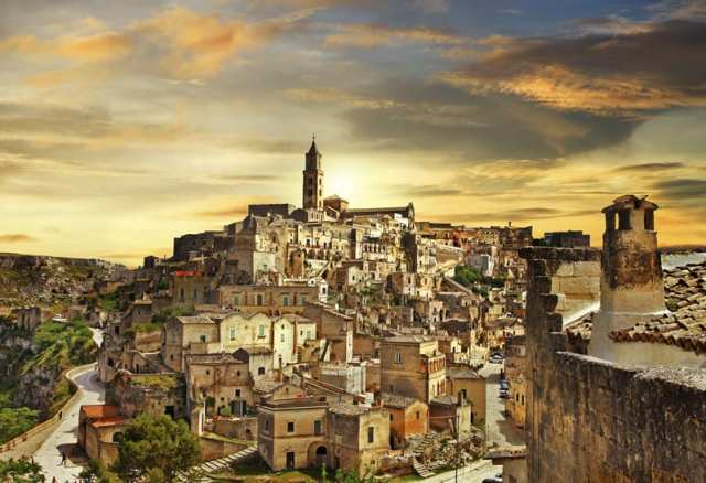matera-at-sunset-italy