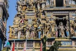 Statue di un palazzo - Colombo