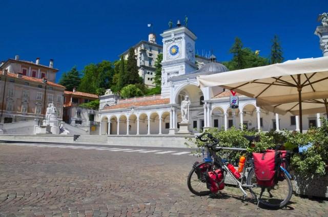 (Mario Saccomano - www.ciclovia-alpeadria-radweg.eu)