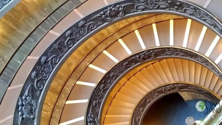scala elicoidale - Musei Vaticani