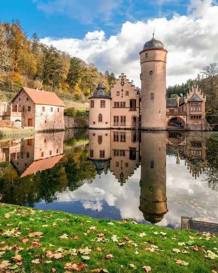 Castello di Mespelbrunn