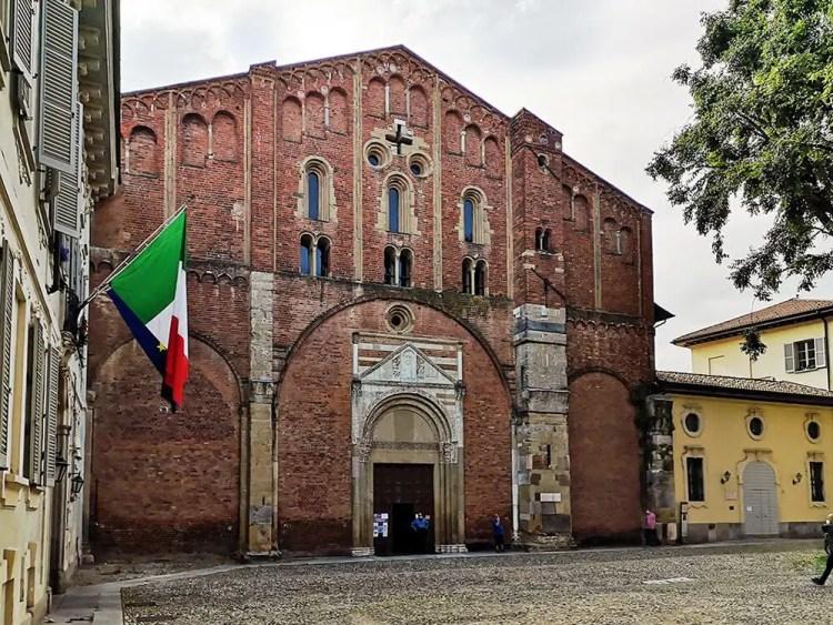 Basilica di San Pietro in Ciel d'Oro