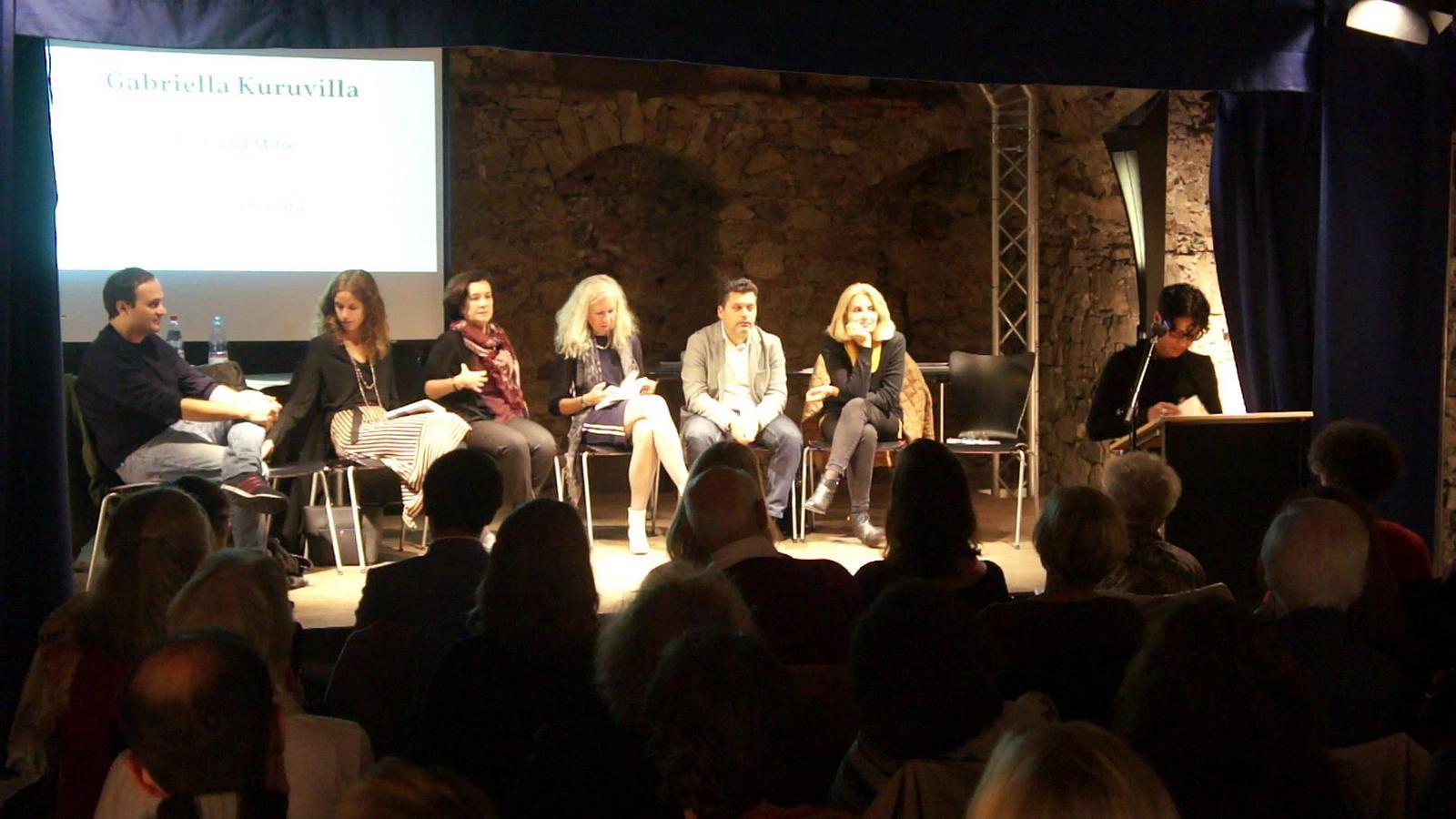 """Gabriella Kuruvilla liest aus der Erzählung """"La mezza misura"""""""