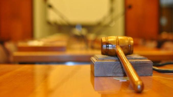 Υπό 6ήμερη κράτηση 39χρονη για κλοπή εισπράξεων φροντιστηρίου