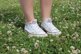 by Clothes & Dreams. Kubbing: Converse All Stars sneakers
