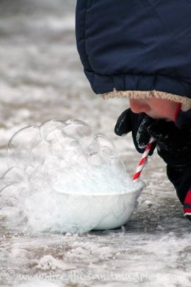 DIY winter activities Blow bubbles and watch them freeze - one of the 20 outdoor snow activities for kids. Be prepared for that snowy day when school is off and kids want to go outside and play. This list of snow and ice activities for kids of all ages is just what you need for any winter day. | at Non Toy Gifts