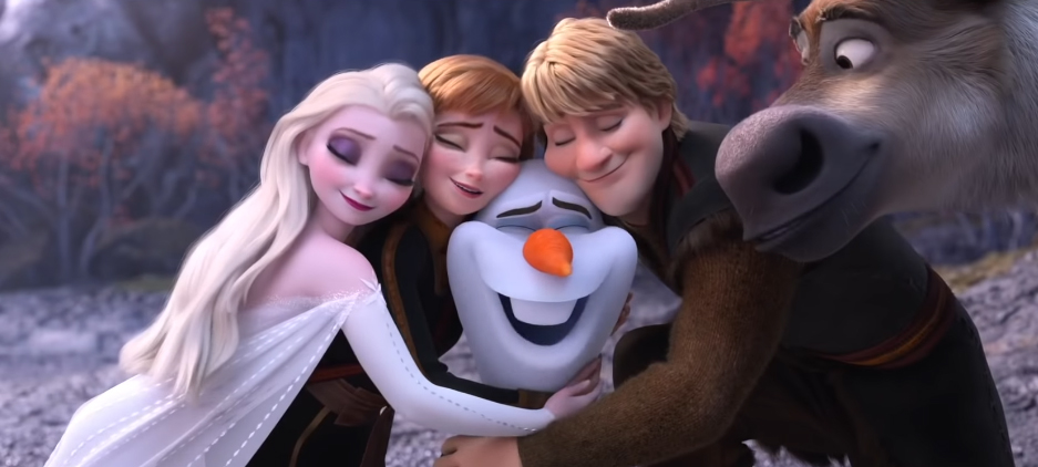 frozen2 characters hugging