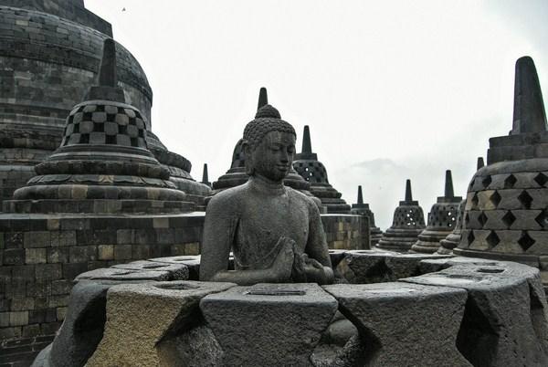 photo stupa borobudur indonésie