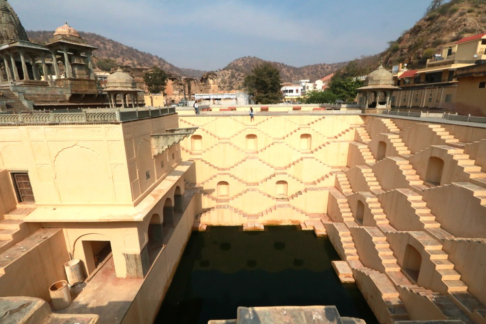 05Mar18Stepwell9