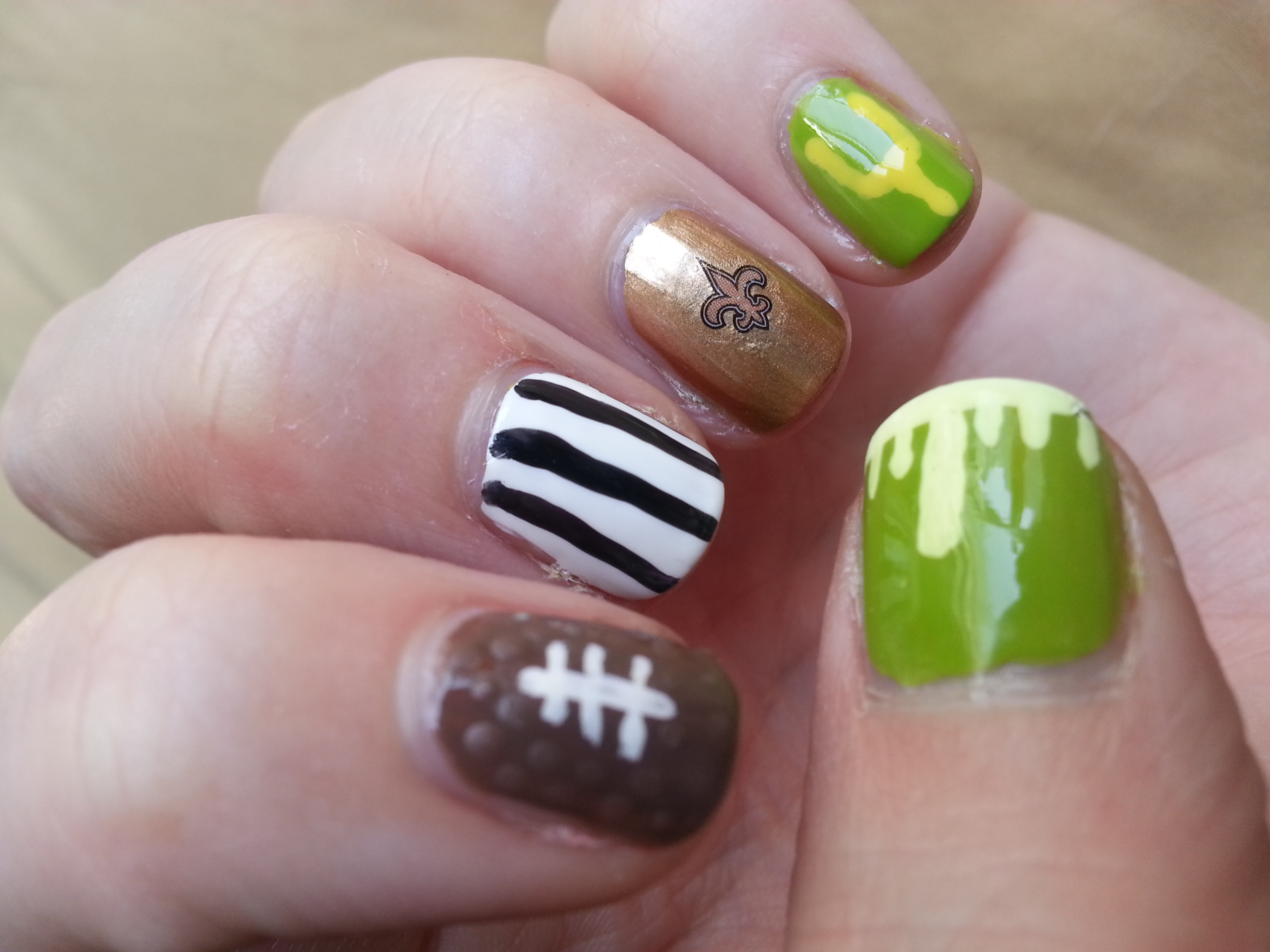 Nail Art Challenge September 10: Football