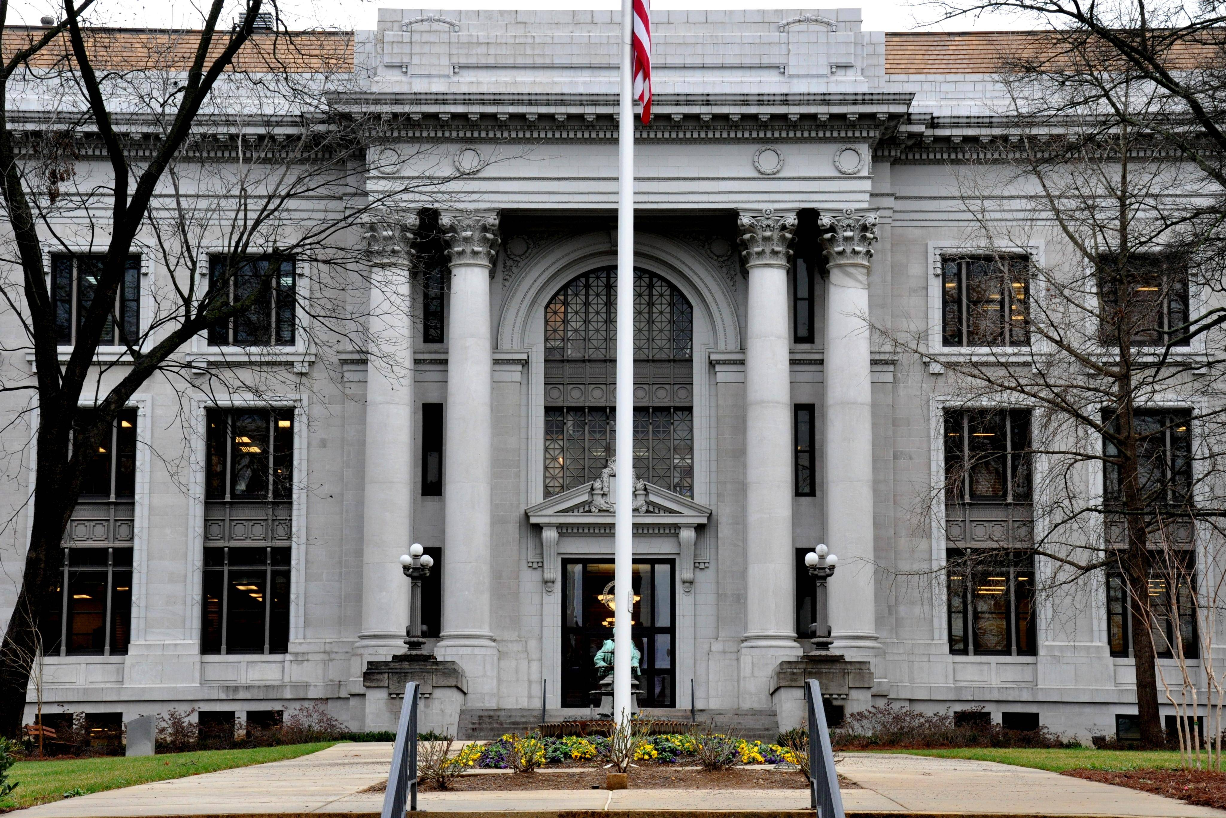 Commissioners approve 192000 addition to Circuit Court