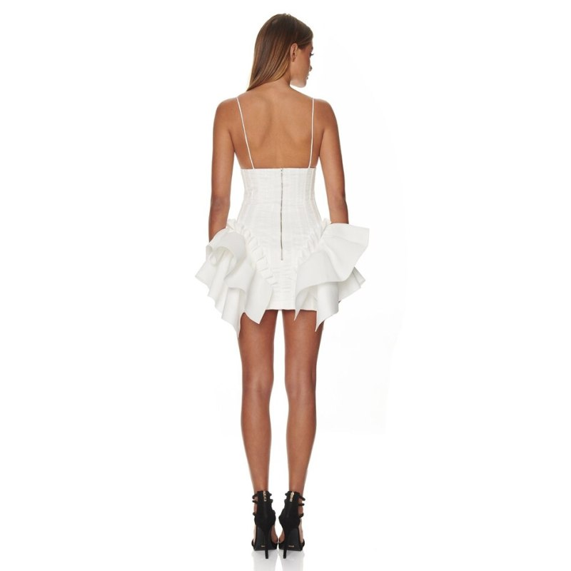 Modelbild Minikleid weiss von hinten