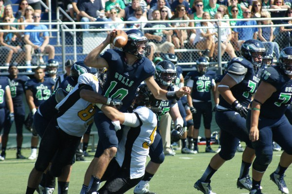 """The Framingham State Rams defense is focused on playing """"old time football."""" (Photo Credit: Matt Noonan for NoontimeSports.com)"""
