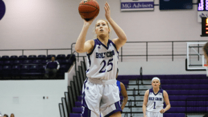Lauren Manis of Holy Cross was named this week's Co-WACBA Women's Player of the Week after tallying a pair of double-doubles in three games. (PHOTO CREDIT: Holy Cross Athletics/Brian Foley Photography)