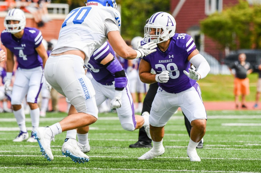 2018 - Hamilton College at Amherst College Football