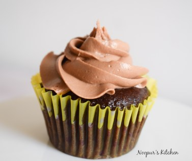 eggless chocolate cupcakes with nutella buttercream
