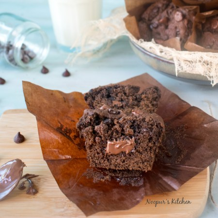 Eggless Whole Wheat Chocolate Muffins with Nutella