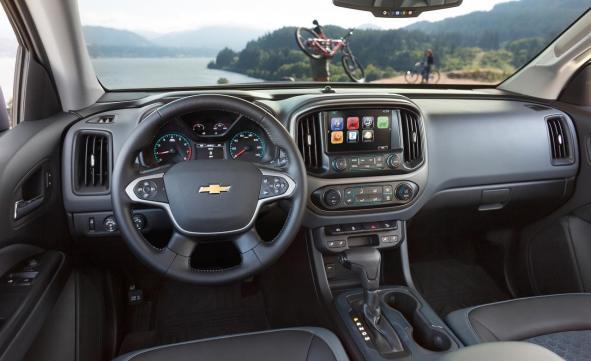2018 Chevrolet Colorado interior