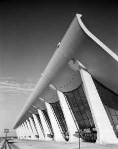 """Architecture Photography Lovely In """"ezra Stoller A Graphic History Of Modern American"""