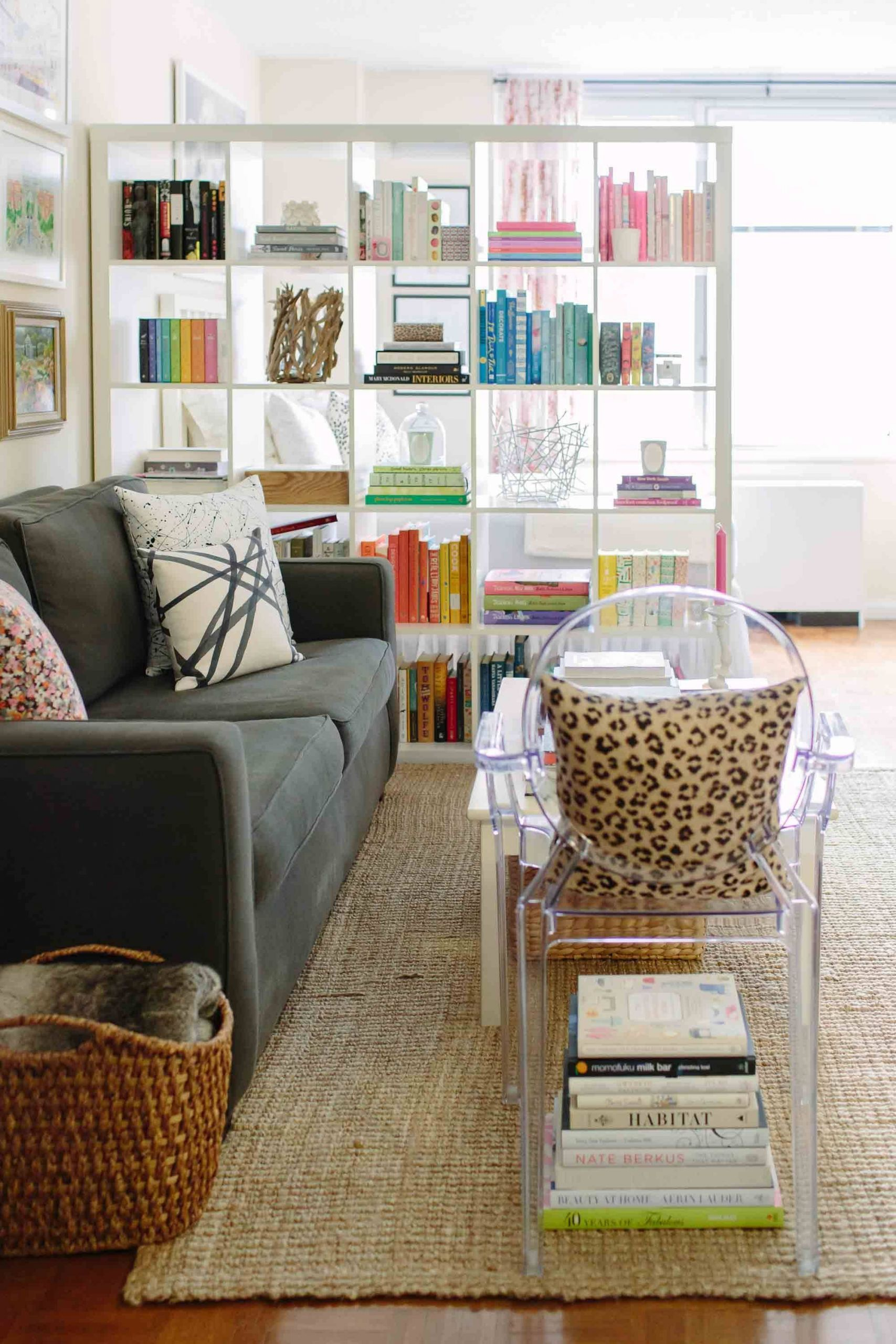 Decorating A Studio Apartment Awesome Ideas for Dividing A Studio Apartment