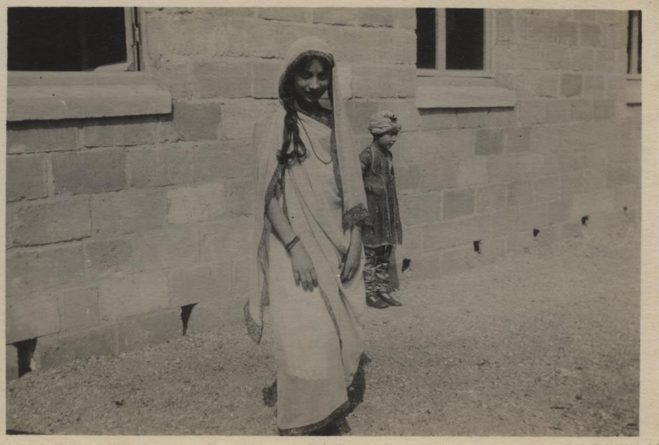 Noor, Summer 1926