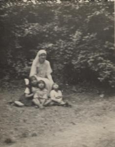 Noor, Vilayat, Ameena Begum, and Khairunissa