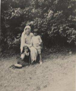 Noor, Ameena Begum, and Vilayat