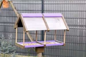 3D Printed Bird Feeding House for Gardens