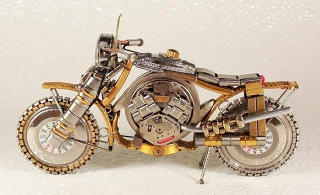 Motors gemaakt van horloge onderdelen  noowznl