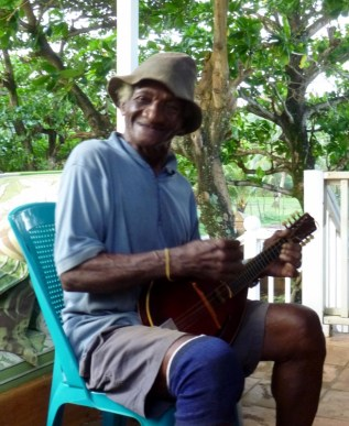 Willie and his banjo singing the blues - Big Corn Island