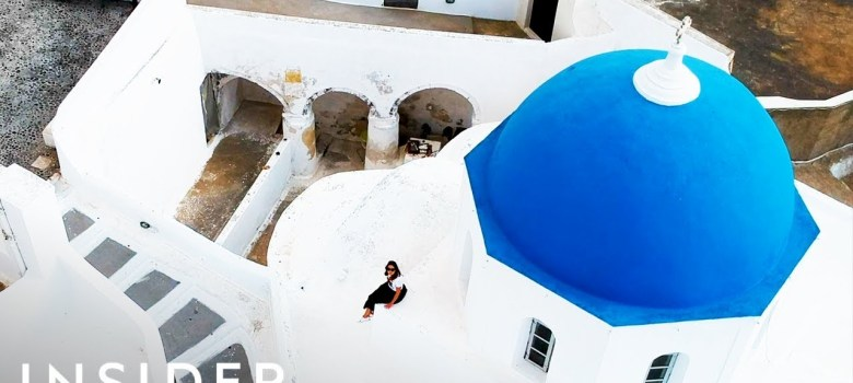 The unexpected reason why Greece is painted white and blue 7